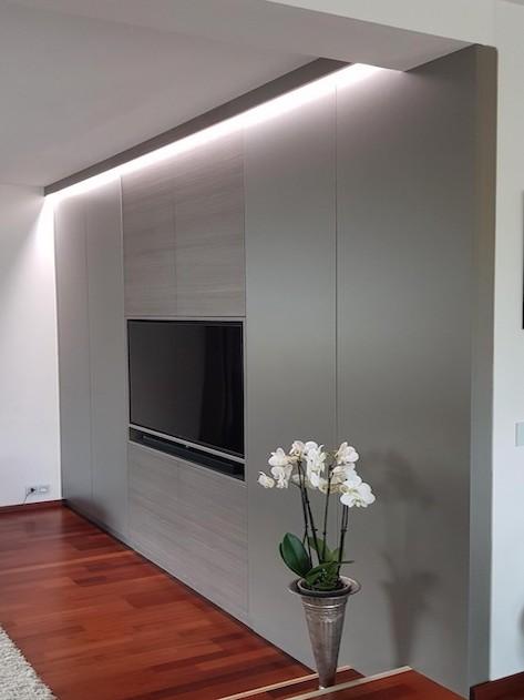 TV Wand nach Maß von der Tischlerei Spanier Titelbild